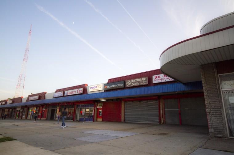A shopping center in the 4400 block of Park Heights Avenue. (Kalani Gordon/The Baltimore Sun)