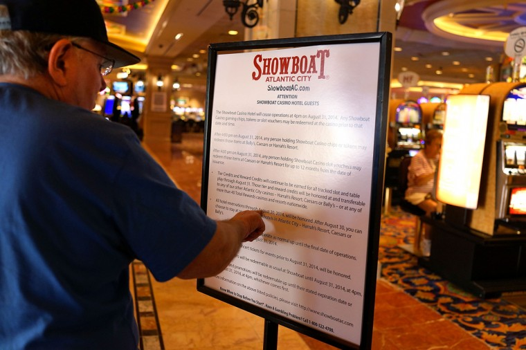 A sign informs guests that the Showboat Casino will be closing on August 31 in Atlantic City on July 30, 2014 in Atlantic City, New Jersey. As neighboring cities open gambling businesses, fewer people are traveling to Atlantic City for visits to casinos. (Photo by Spencer Platt/Getty Images)