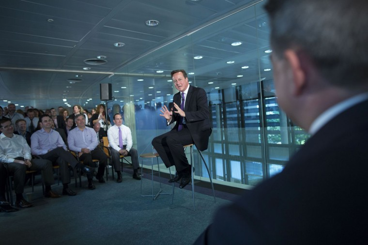 Britain's Prime Minister David Cameron speaks during a visit to the offices of financial company Scottish Widows in Edinburgh, Scotland on September 10, 2014. (REUTERS/James Glossop/Pool)