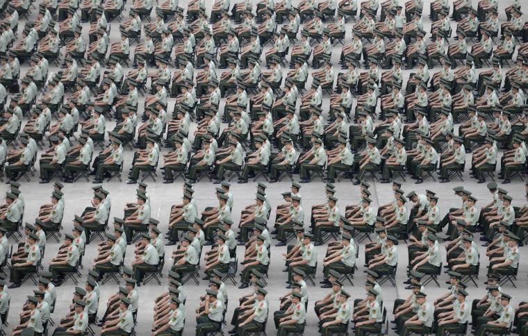 More than 1,000 paramilitary policemen take part in an exercise in Nanjing, Jiangsu province, September 2, 2014. Picture taken September 2, 2014. (China Daily/Reuters)