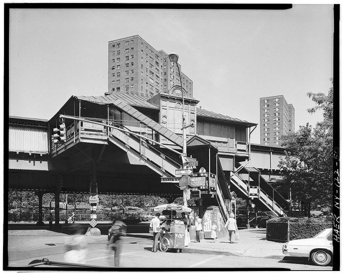 Jackson Avenue, Bronx, elevated station. Interborough Rapid Transit Subway (Original Line), New York, New York County, NY. (Library of Congress)