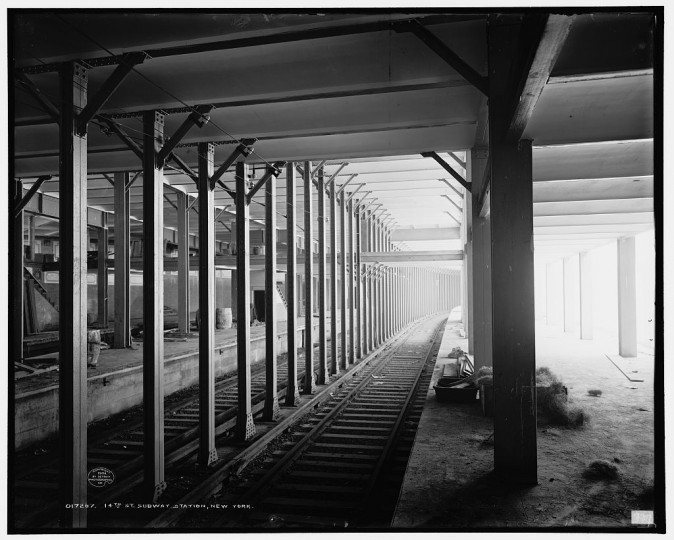 14th St. subway station, New York, 1904. (Detroit Publishing Company/Library of Congress)