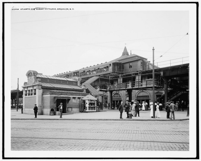 Atlantic Avenue subway entrance, Brooklyn, N.Y., between 1910 and 1920. (Detroit Publishing Company/Library of Congress)
