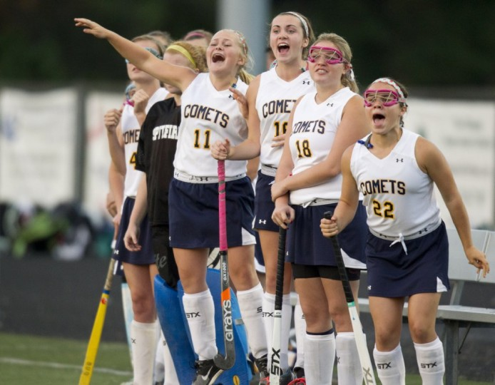 Catonsville players cheer on their teammates during the field hockey game against Dulaney. (Jen Rynda/BSMG)