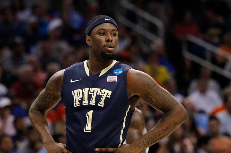 Name: Jamel Artis College: Pittsburgh Position: Forward Year: Sophomore High school: Notre Dame Prep (Mass.) Hometown: Baltimore 2013-14 stats: 4.9 points, 2.9 rebounds His stats as a freshman were modest, but Artis played an integral role on a Panthers team that lost to Florida in the third round of the NCAA tournament. At 6 feet 7 and 220 pounds, Artis can play either forward spot and also slide down to the 2 if necessary. He brings toughness to Pitt defensively and is expected to have an expanded role as a sophomore. (Kim Klement-USA TODAY Sports)