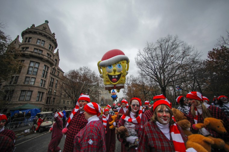 A SpongeBob Squarepants balloon floats down Central Park West during the 88th Macy's Thanksgiving Day Parade in New York. (REUTERS/Eduardo Munoz)