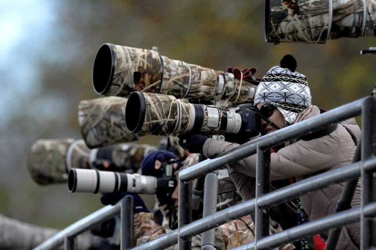 Photographers crowd the viewing deck at on Friday afternoon below the Conowingo Dam where bald eagles are common. (Jerry Jackson/Baltimore Sun)