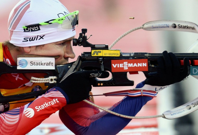 Emil Hegle Svendsen of Norway shoots during the men's 10 km sprint race of the Biathlon World Cup in Ostersund on December 6, 2014. (JONATHAN NACKSTRAND/AFP/Getty Images)