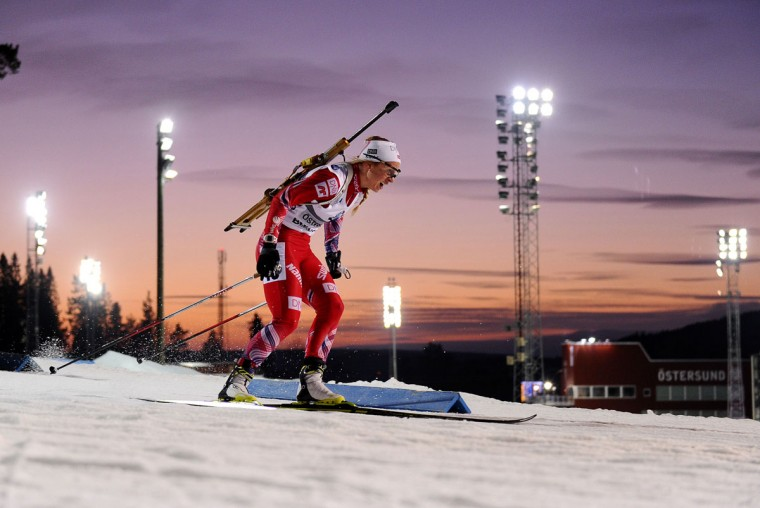 Tiril Eckhoff of Norway competes to win the women's 7.5 km sprint race of the Biathlon World Cup in Ostersund on December 6, 2014. (JONATHAN NACKSTRAND/AFP/Getty Images)
