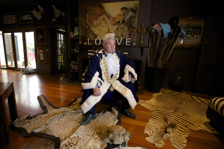 Newly elected Geelong Mayor, Darryn Lyons poses for a photograph in his mayoral robes in the living room of his home in Geelong, in this February 27, 2014 file photo. REUTERS/Jason Reed