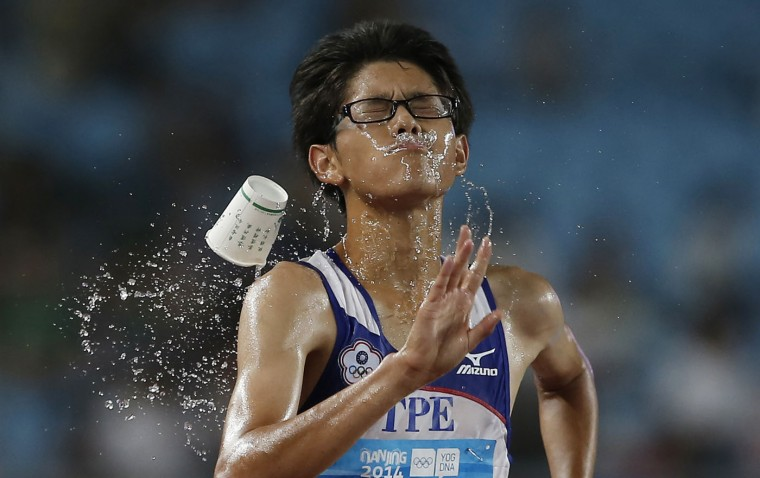 Taiwan's Chang Wei-Lin competes during the men's 10,000m race walk at the 2014 Nanjing Youth Olympic Games in Nanjing, Jiangsu province, in this August 24, 2014 file photo. REUTERS/Aly Song/Files