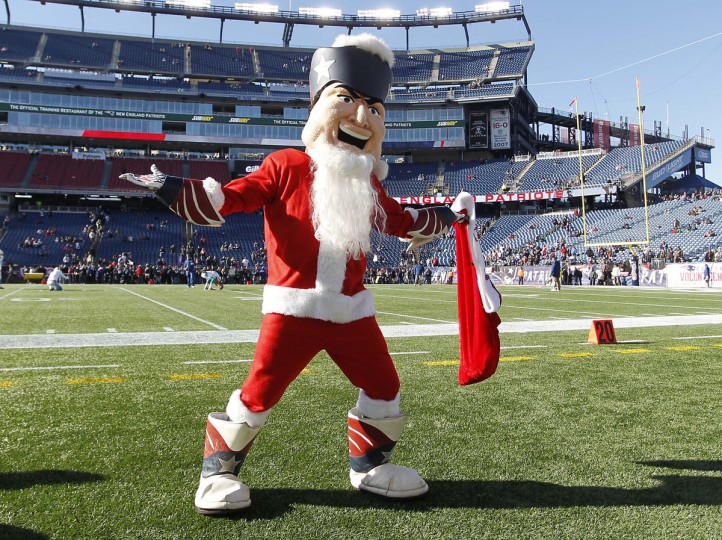 "The New England Patriots mascot ""Pat Patriot"" dresses as Santa Claus prior to game against the Miami Dolphins at Gillette Stadium. (Stew Milne-USA TODAY Sports)"