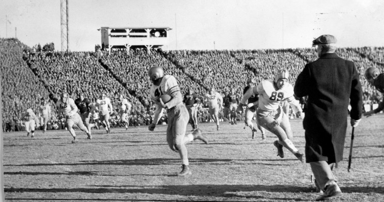 Army scores against Navy during the 1944 game at Baltimore Stadium. (Baltimore Sun file photo)