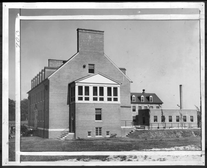 A new hospital for negro children 1937.