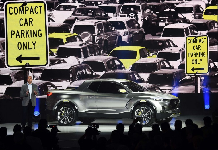 Hyundai reveals its crossover concept truck Santacruz at The North American International Auto Show in Detroit, Michigan, on January 12, 2015. (JEWEL SAMAD/AFP/Getty Images)