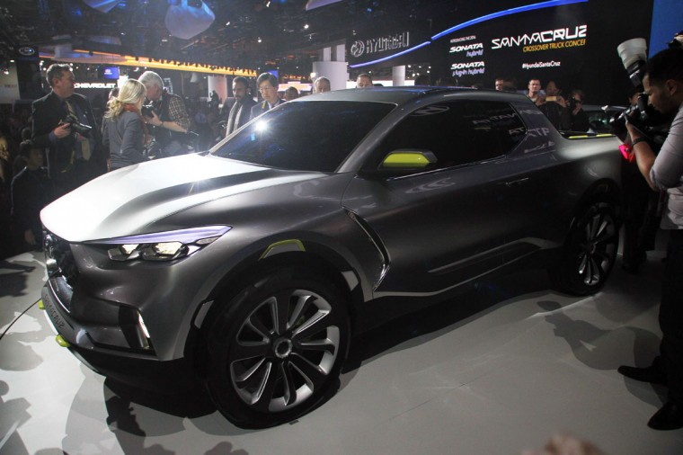 Hyundai reveals its crossover concept truck Santacruz at The North American International Auto Show in Detroit, Michigan, on January 12, 2015. (JONATHAN KNIGHT/AFP/Getty Images)