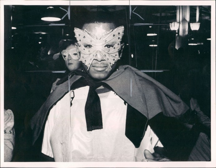 Kevin Baylor at Harbor Place for Mardi Gras on February 15, 1983. (William Hotz/Baltimore Sun)