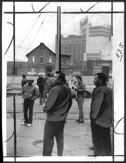 January 15, 1980: Employees at Amstar Corp.'s Domino sugar plant on Locust Point picket during a wildcat strike. Photo by Walter M. McCardell.