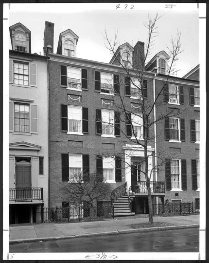 "March 23, 1975: Georgetown home on ""Smith's Row,"" believed to have been built around 1805. (William L. Klender)"