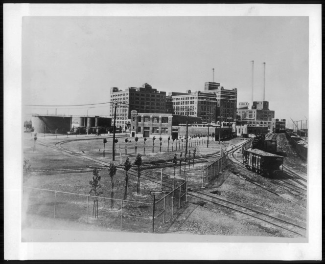 January 11, 1941: The sugar plant in Baltimore.