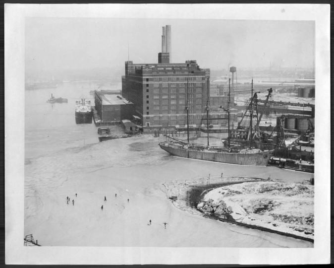 February 13, 1934: American (Sugar refinery) in Baltimore Harbor.