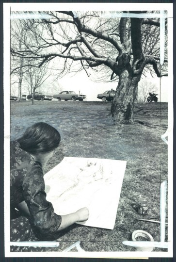 April 3, 1980: Jesse Reeves, 19, a Maryland Institute student, making a charcoal rendering of a tree in Druid Hill Park. Photo by Weyman Swagger.
