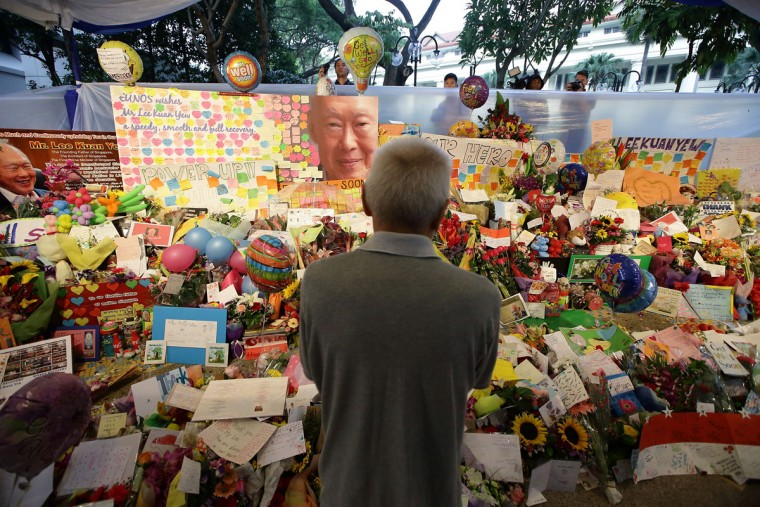 A man mourns the passing of former Prime Minister Lee Kuan Yew outside the Singapore General Hospital on March 23, 2015 in Singapore. Former Prime Minister, Lee Kuan Yew, 91, died last night at Singapore General Hospital after spending several weeks in critical condition after being admitted for pnemonia on February 5. Lee Kuan Yew served as the first Prime Minister of Singapore when it gained rule from Britain in 1959 and until he stepped down in 1990. (Photo by Suhaimi Abdullah/Getty Images)