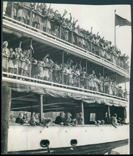 A Bay trip for poor children given by Ester Muller. (Baltimore Sun archives, 1939)