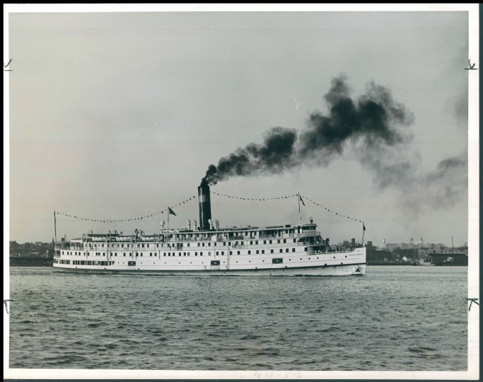 The SS President Warfield, the flagship of the Old Bay Line fleet. She is shown here on the evening of July 14, 1939 on the way to Norfolk. (Hans Marx/Baltimore Sun)