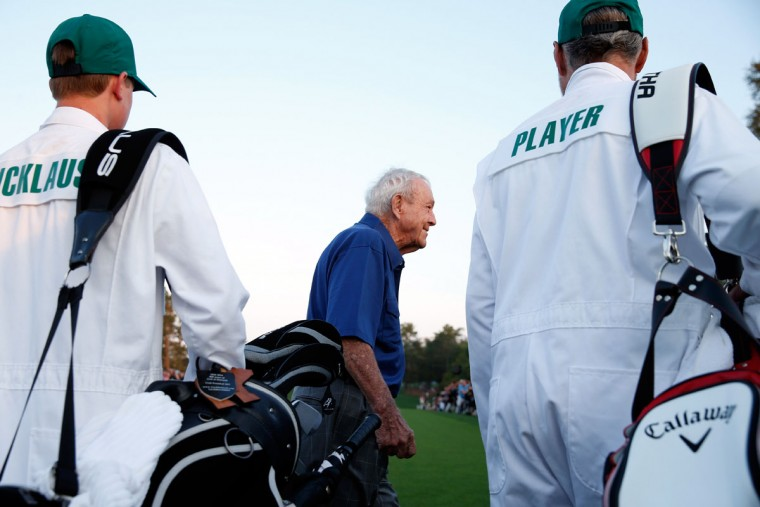 Honorary Starter Arnold Palmer of the United States crosses the first tee during the first round of the 2015 Masters Tournament at Augusta National Golf Club on April 9, 2015 in Augusta, Georgia. (Photo by Ezra Shaw/Getty Images)