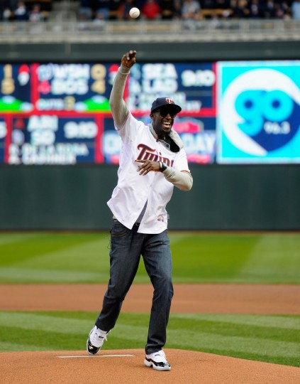 Kevin Garnett of the Minnesota Timberwolves delivers a ceremonial pitch before the home opening game between the Minnesota Twins and the Kansas City Royals on April 13, 2015 at Target Field in Minneapolis, Minnesota. (Photo by Hannah Foslien/Getty Images)