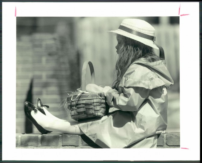 Kimberly Menendez and her Easter basket awaiting a hunt in Bolton Hill, April 1, 1991.