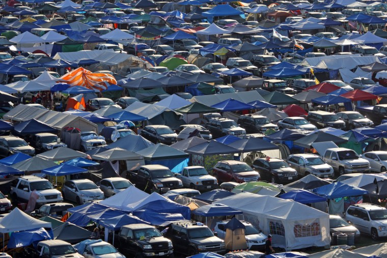 In an aerial view, tents line the on-site camping area at the Coachella Music and Arts Festival - Weekend 2, on Sunday, April 19, 2015, in Indio, Calif. (Photo by Zach Cordner/Invision/AP)