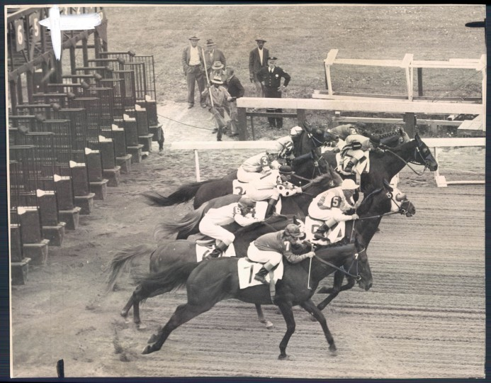 The start at Preakness on May 20, 1951. (Frank A. Miller/Baltimore Sun)