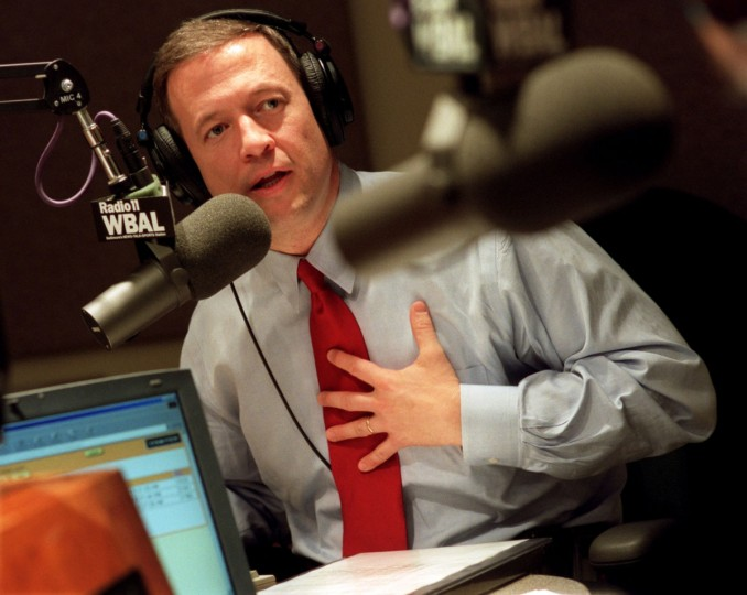 Baltimore's Mayor Martin O'Malley talks with a constituent in 2002 during an hour long ask the mayor segment which will air every other Tuesday on WBAL Radio. Jed Kirschbaum, staff