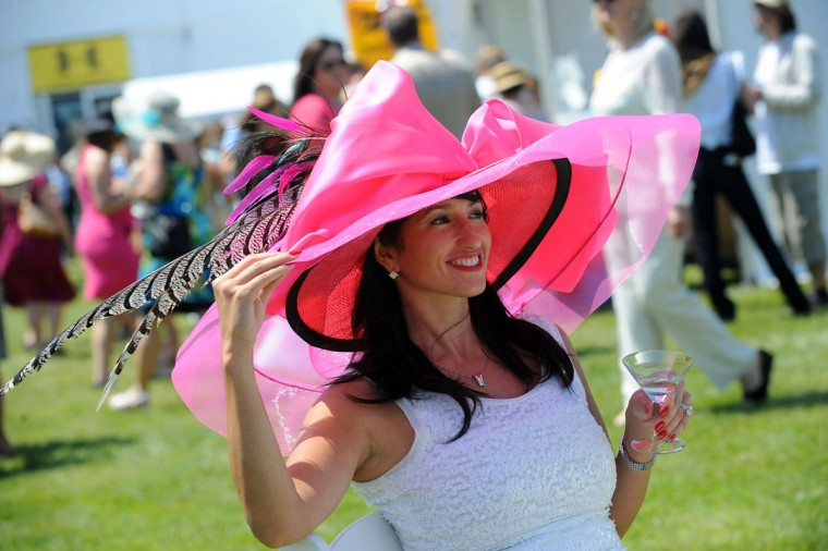 Preakness fashion at the infield Corporate tents. (Kenneth K. Lam/The Baltimore Sun)