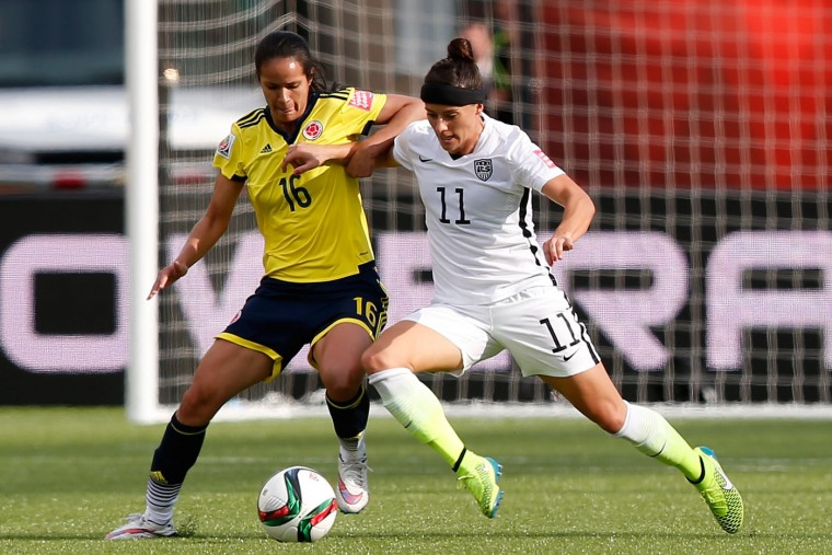 Lady Andrade #16 of Colombia and Alex Krieger #11 of the United States go after the ball in the FIFA Women's World Cup 2015 Round of 16 match at Commonwealth Stadium on June 22, 2015 in Edmonton, Canada. (Todd Korol/Getty Images)