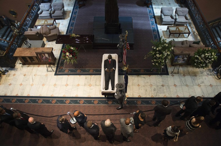 Emanuel AME Church pastor and South Carolina State Sen. Clementa Pinckney lies in state at the South Carolina State House in Colombia, South Carolina, on June 24, 2015. (JIM WATSON/AFP/Getty Images)
