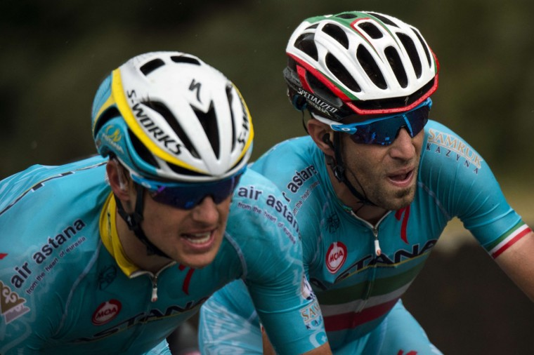 Italy's Vincenzo Nibali (R) during the 166 km second stage of the 102nd edition of the Tour de France cycling race on July 5, 2015, between Utrecht and Neeltje Jans island in the Dutch city of Vrouwenpolder, in Zeeland province, The Netherlands. (Lionel Bonaventure/AFP/Getty Images)