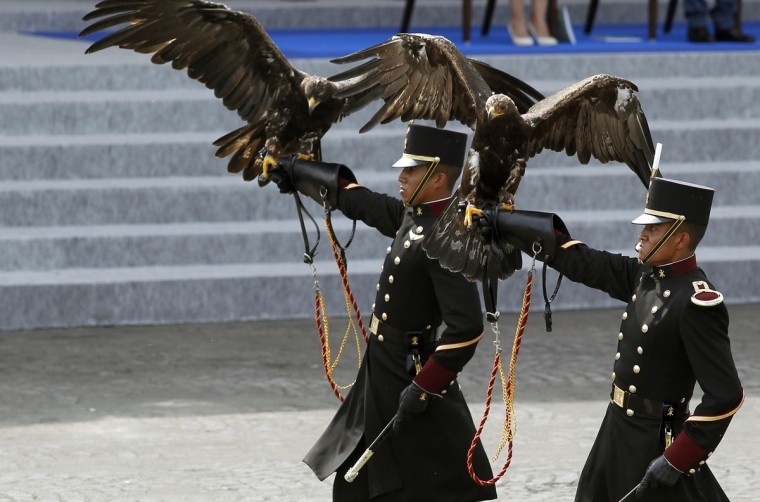 Students of the Mexican military educational institution, the Heroic Military Academy parade during the annual Bastille Day military parade on July 14, 2015 in Paris, France.The Bastille Day, the French National Day, is held annually on 14 July to commemorate the storming of the Bastille fortress in 1789. (Photo by Thierry Chesnot/Getty Images)