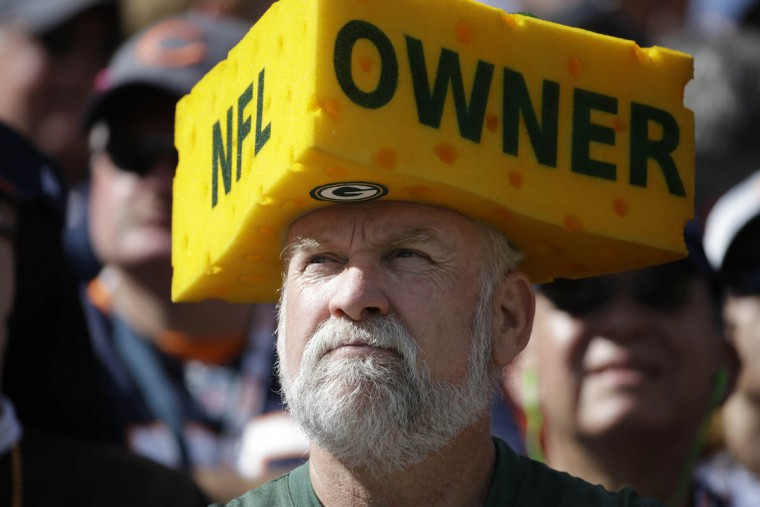 A Green Bay Packers fan wears a cheesehead during the second half an NFL football game against the Chicago Bears, Sunday, Sept. 13, 2015, in Chicago. (Nam Y. Huh/AP photo)