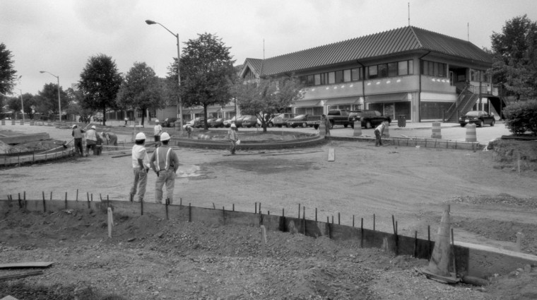 2002 - Contractors widen the entranceways and roadway at Belvedere Square. (Jed Kirschbaum/Baltimore Sun)