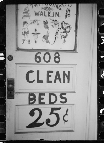 Sign. Baltimore, Maryland. (Arthur Rothstein / April 1939)