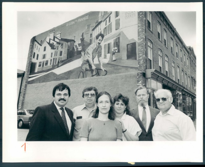 Members of the Historic Jonestown Business Association pose for a picture on July 6, 1987. (Baltimore Sun photo by Jed Kirschbaum)