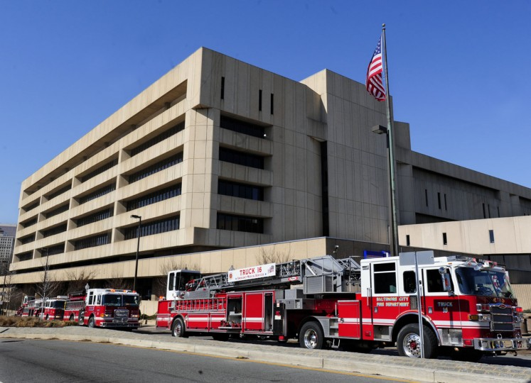 A small fire on the third floor of the US Post Office in the 900 block of Fayette St. closed the main post office about 10:50 am on Feb. 25, 2009. (Baltimore Sun photo by Algerina Perna)