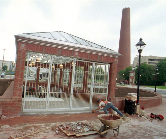 Views of the new Shot Tower/Market Place Metro Station, part of metro expansion to open to the public May 31. (Baltimore Sun photo by Amy Davis, May 26, 1995)