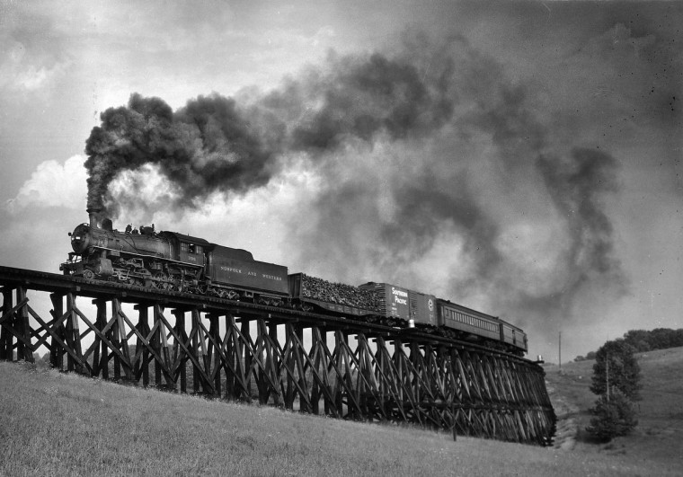 1957 - Bridge #7 halfway between Alvarado and Wautaga is 46 feet high and 635 feet long. The Virginia Creeper train is heading West from Alvarado toward Abingdon. (A. Aubrey Bodine/Baltimore Sun)