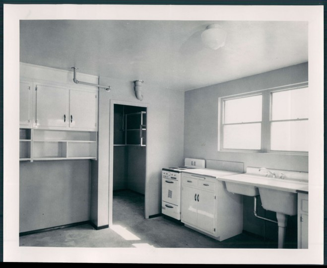 A view of a kitchen in a Cherry Hill housing project on Nov. 11, 1952. (Baltimore Sun photo)
