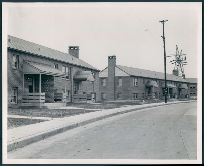 A view of a Cherry Hill housing project on May 4, 1946. (Baltimore Sun photo by Ellis Malashuk)