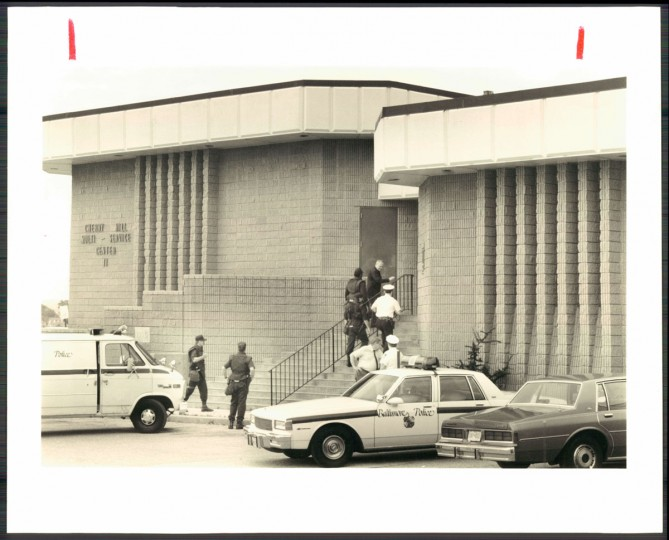 There was a hostage situation at the Cherry Hill Multi-Purpose center on June 14, 1989. (Baltimore Sun photo by Paul Hutchins)